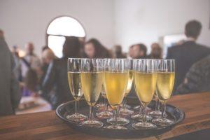 איך לארגן אירוע מוצלח לגיוס כספים