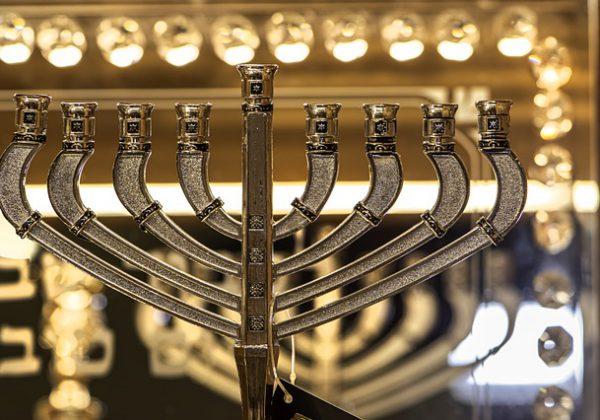 שילוב בין יהדות וסטייל: תשמישי קדושה עם טאצ' עיצובי במיוחד!